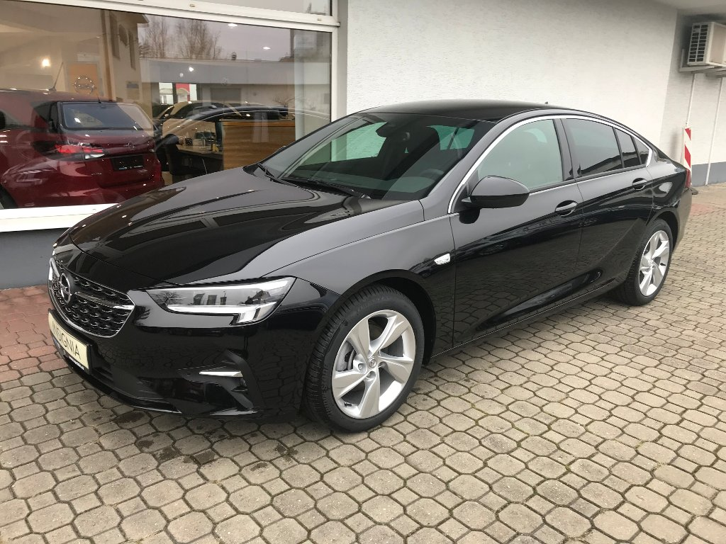Opel Insignia GS LINE 2.0 TURBO AT9