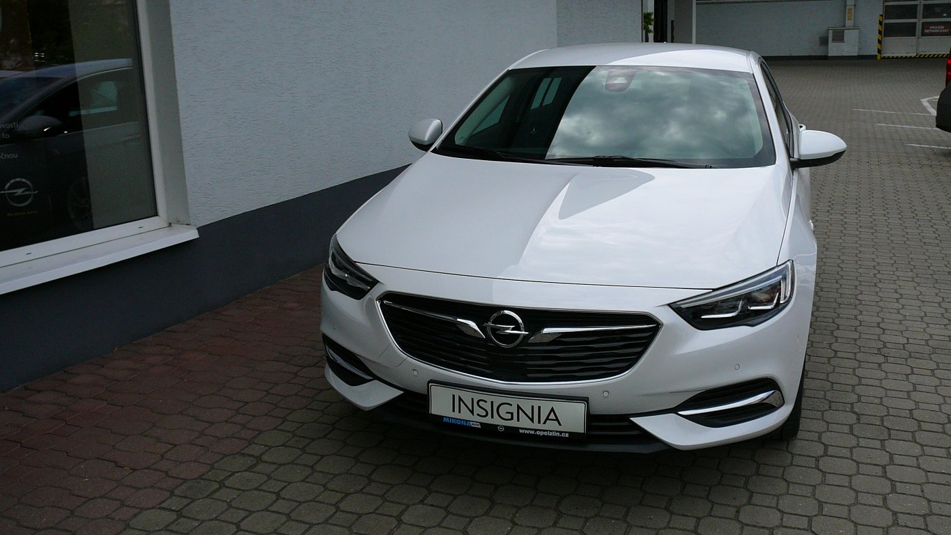 opel insignia innovation 2 0 cdti 125kw mikona auto s r o opel zl n. Black Bedroom Furniture Sets. Home Design Ideas