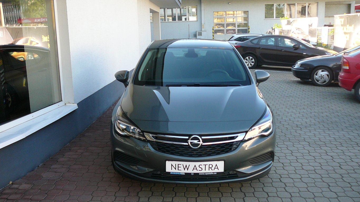 "Opel Astra Enjoy ""SMILE"" 1.4 Turbo"