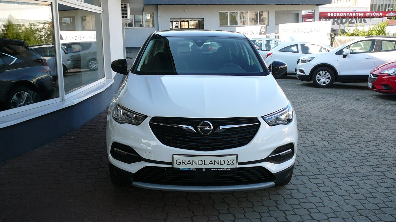 Opel Grandland X Innovation 1.2 Turbo AT8